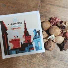 BOITE DE MACARONS ET CHOCOLATS À CASSER - La Biscuiterie Lolmede