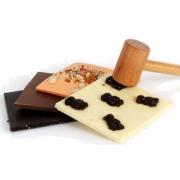 LES 3 TABLETTES DE CHOCOLAT À CASSER ET LE MAILLET. - Le chocolat à casser - La Biscuiterie Lolmede