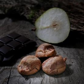 MACARON CHOCO POIRE - La Biscuiterie Lolmede
