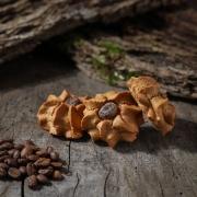 Macaroon with coffee - Macaroons retail : perfumed macaroons - La Biscuiterie Lolmede