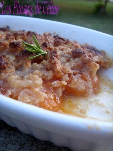 La Biscuiterie Lolmede : A la derniere minute - Crumble de Macarons Aux Abricots